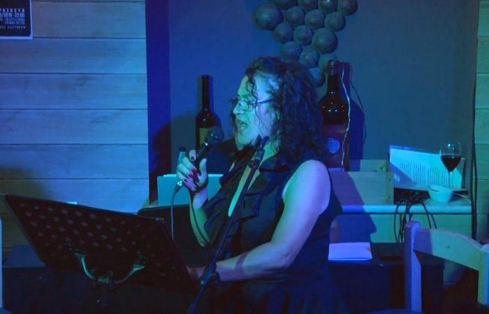 Η Κατερίνα Σβιγάκη τραγουδάει Το σημάδι